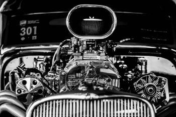 wir führen auch Tuning und Performance Teile für ihren Us Car.<br><br>Wählen Sie in unserem Sortiment aus Ansaugbrücken, Auspuffanlagen, Fahrwerksteile, Felgen, Nockenwellen, Performance Motoren, Programmer, Vergaser, Zündsysteme, Zusatzinstrumente und vielem mehr Ihr passendes Ersatz- oder Tuningteil aus.